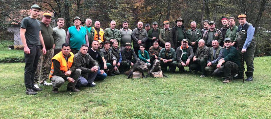 Tradicionalni lov i lovačko druženje u čast Počasnih lovaca